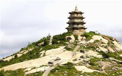 西偏村将依托宝盖山风景区开发配套旅游项目