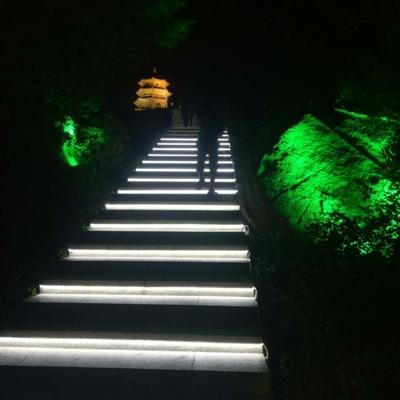 记者从宝盖山风景区管理处获悉,这是近期宝盖山景观再提升的成效.