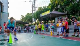 郑厝村举行为期一个月的青少年暑期活动
